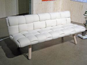 Toivonen-Laine, Tuohinen-sohva